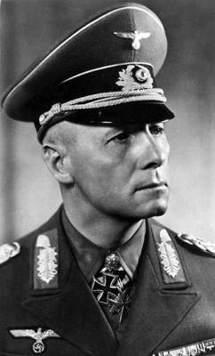 330px-Bundesarchiv_Bild_146-1973-012-43,_Erwin_Rommel.jpeg