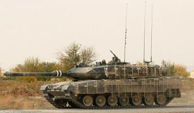 Leopard2A6M_Canada_03.jpg