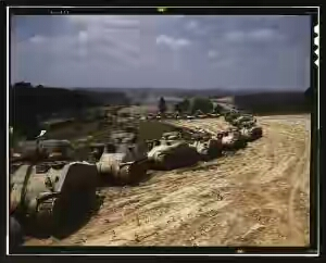 Sherman-Grant-tanks-300x242.jpg