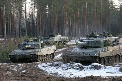 1390361222_leopard_2a4_finnish_army_forum_army_recognition_002.jpg
